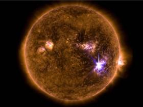 太阳耀斑的物理特性可以帮助科学家预测即将发生的爆发