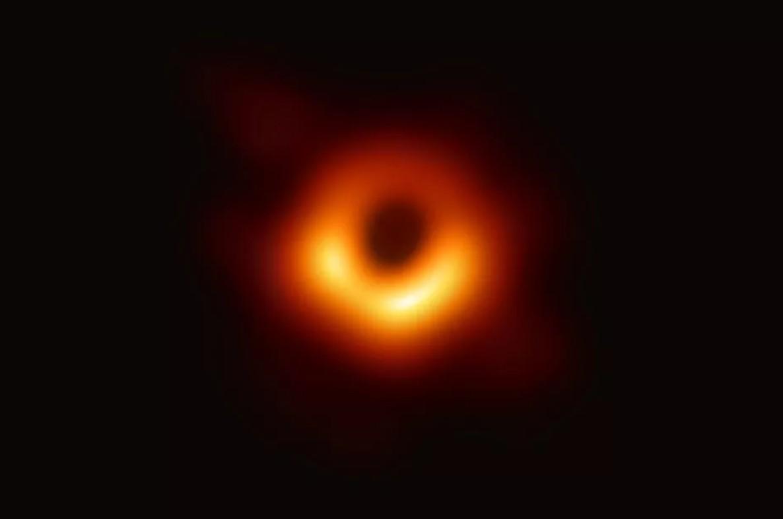 什么是黑洞?