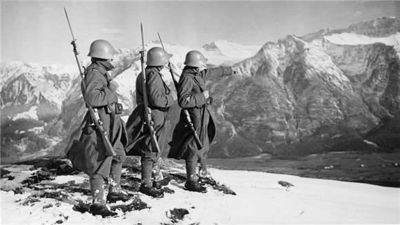 第二次世界大战期间,瑞士为什么能保持中立?